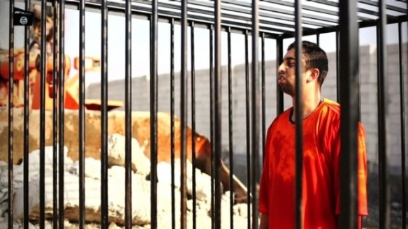 Captive Jordanian pilot being burnt alive.  Pic source: SMH,